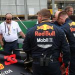 F1: Red Bull replaced cracked rear wings on grid